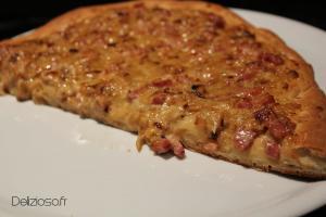 Pizza briochée lardon oignon