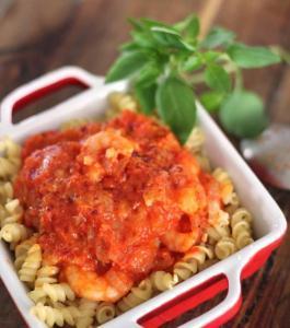 Crevettes, sauce aux tomates cerises