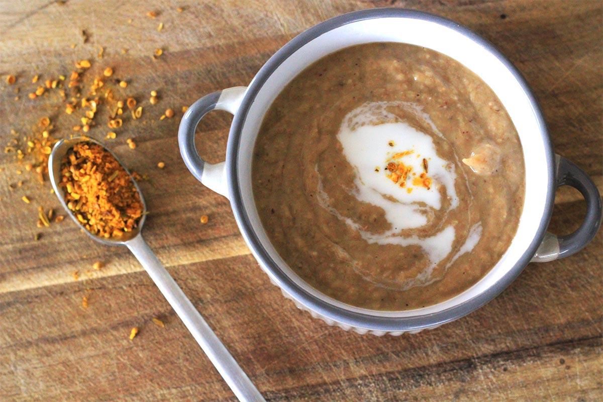 Velouté de chataignes et poireaux au curry